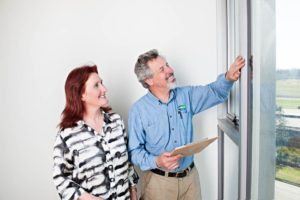 Maurice showing Vicki where to install ecoGlaze® on windows